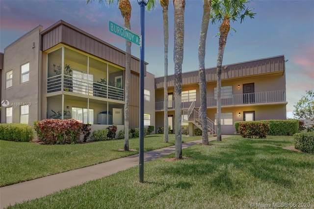 46 Burgundy A A, Delray Beach, FL 33484 (MLS #A10874002) :: Berkshire Hathaway HomeServices EWM Realty