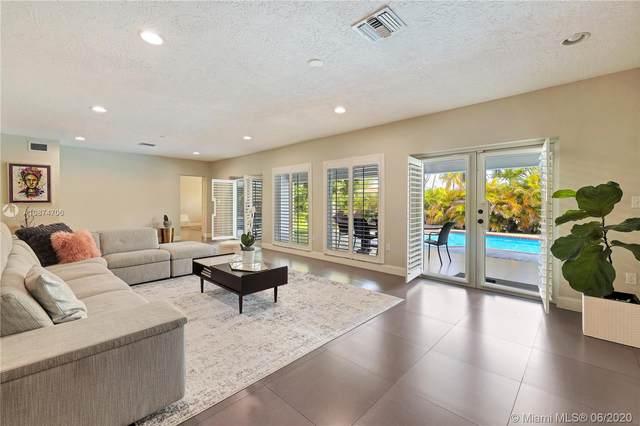 8400 SW 140th St, Palmetto Bay, FL 33158 (MLS #A10874706) :: Grove Properties