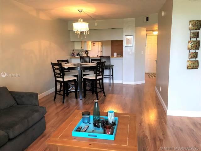 10551 W Broward #307, Plantation, FL 33324 (MLS #A10875402) :: Berkshire Hathaway HomeServices EWM Realty