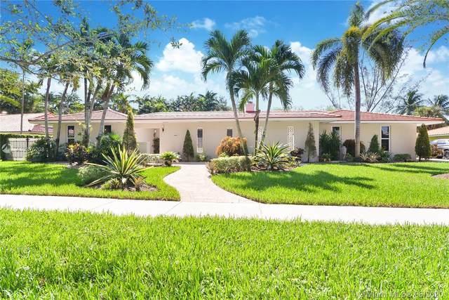6800 Gleneagle Dr, Miami Lakes, FL 33014 (MLS #A10876208) :: The Jack Coden Group