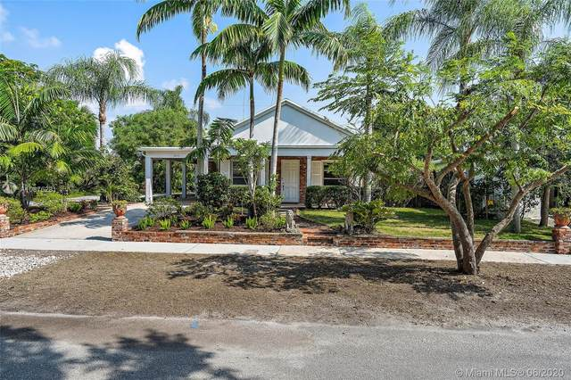 8933 SE Ceres St, Hobe Sound, FL 33455 (MLS #A10876281) :: Berkshire Hathaway HomeServices EWM Realty