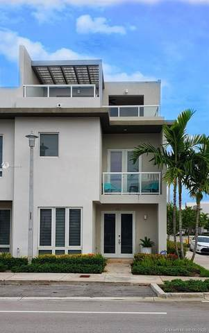 6411 NW 104th Path #6411, Doral, FL 33178 (MLS #A10876315) :: ONE Sotheby's International Realty