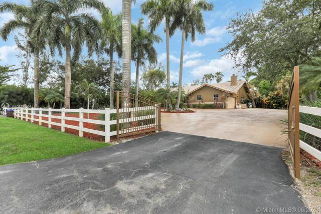 15720 SW 56th St, Southwest Ranches, FL 33331 (MLS #A10876606) :: Berkshire Hathaway HomeServices EWM Realty