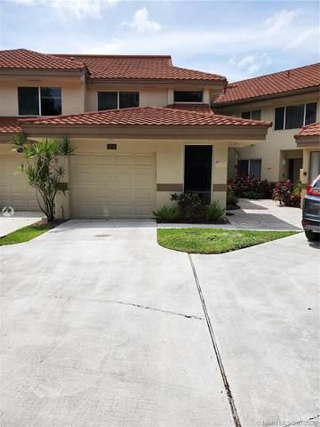 9206 NW 9th Ct, Plantation, FL 33324 (MLS #A10876754) :: Berkshire Hathaway HomeServices EWM Realty