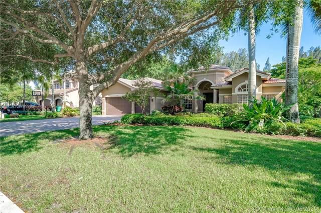 10120 S Lake Vista Cir, Davie, FL 33328 (MLS #A10876999) :: Castelli Real Estate Services