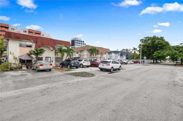 5073 NW 5th St, Miami, FL 33126 (MLS #A10877012) :: The Jack Coden Group