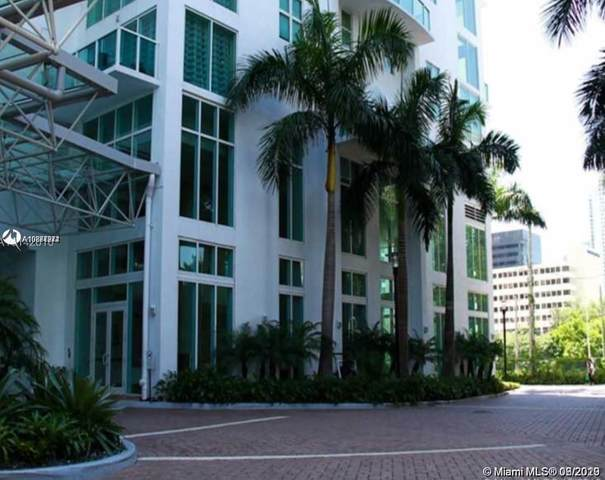 31 SE 5th St #409, Miami, FL 33131 (MLS #A10877274) :: GK Realty Group LLC