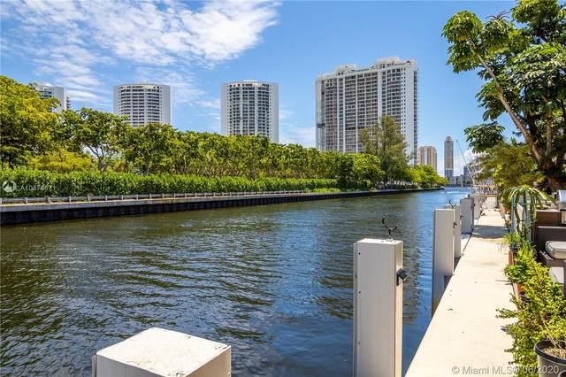3545 NE 171 St M, North Miami Beach, FL 33160 (MLS #A10878671) :: United Realty Group
