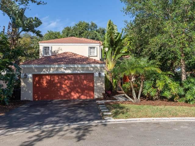 1021 NW 108th Ave, Plantation, FL 33322 (MLS #A10878730) :: Berkshire Hathaway HomeServices EWM Realty