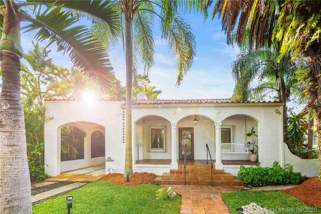 1002 Madrid St, Coral Gables, FL 33134 (MLS #A10878824) :: The Jack Coden Group