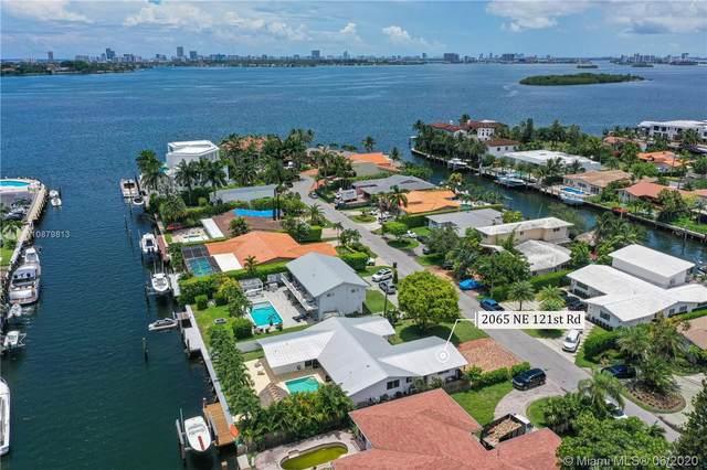 2065 NE 121st Rd, North Miami, FL 33181 (MLS #A10879813) :: Laurie Finkelstein Reader Team