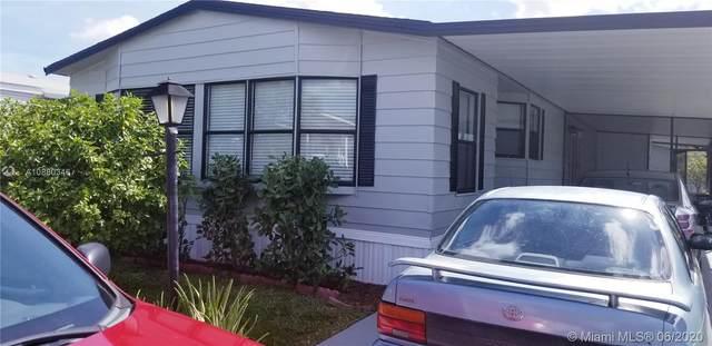 37 Forest, Davie, FL 33325 (MLS #A10880346) :: Castelli Real Estate Services