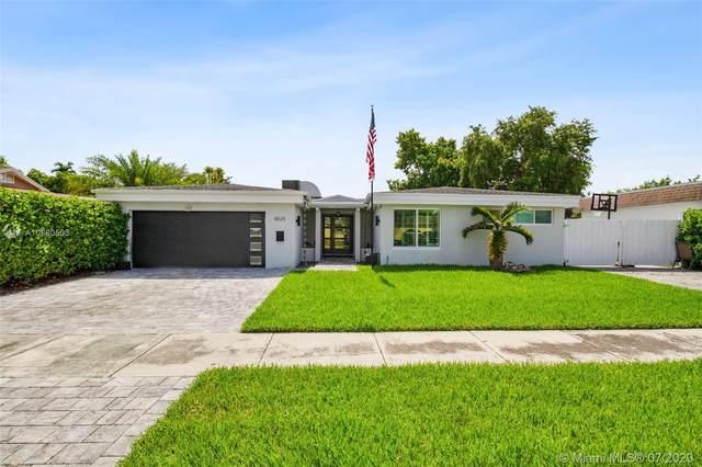 8525 SW 102nd Pl, Miami, FL 33173 (MLS #A10880503) :: Berkshire Hathaway HomeServices EWM Realty