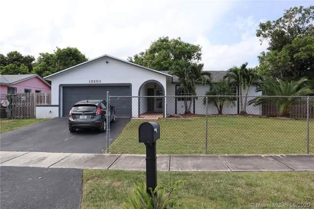 13203 SW 263rd St, Homestead, FL 33032 (MLS #A10881223) :: Prestige Realty Group