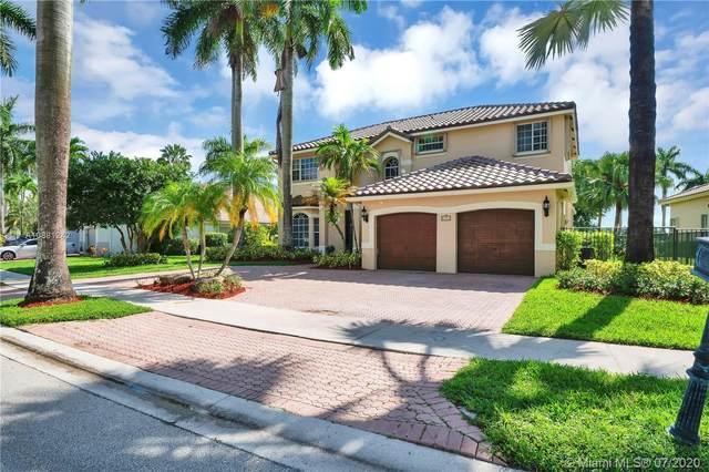 2554 Jardin Dr, Weston, FL 33327 (MLS #A10881242) :: Berkshire Hathaway HomeServices EWM Realty
