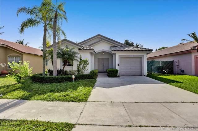 341 SW 203rd Ave, Pembroke Pines, FL 33029 (MLS #A10881540) :: Green Realty Properties
