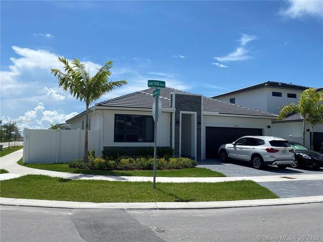 23425 SW 108th Ave, Homestead, FL 33032 (MLS #A10883559) :: The Teri Arbogast Team at Keller Williams Partners SW