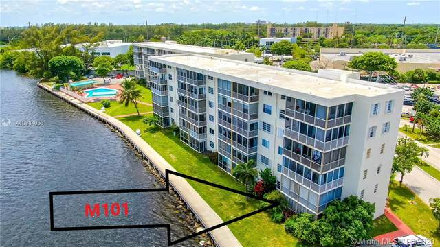 2910 Point East Dr M101, Aventura, FL 33160 (MLS #A10884053) :: ONE Sotheby's International Realty