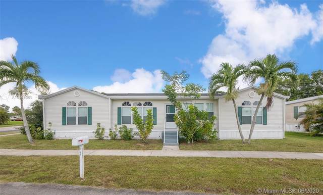 11493 SW 9th Street, Davie, FL 33325 (MLS #A10884069) :: The Teri Arbogast Team at Keller Williams Partners SW
