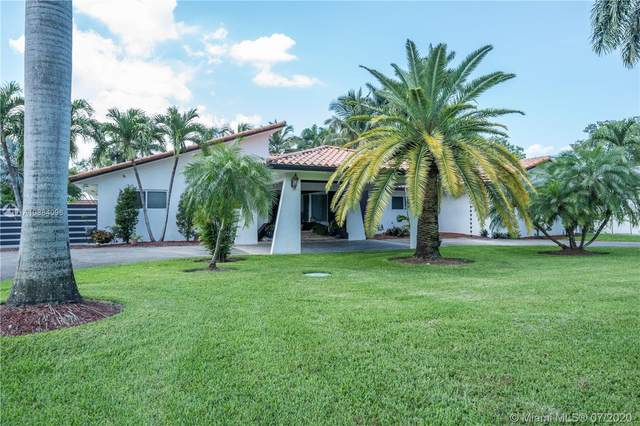 10144 NW 137th St, Hialeah Gardens, FL 33018 (MLS #A10884096) :: The Teri Arbogast Team at Keller Williams Partners SW