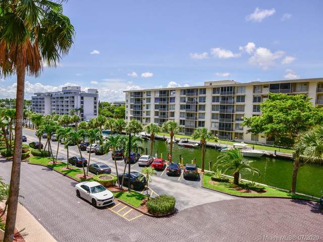 1800 NE 114th St #411, Miami, FL 33181 (MLS #A10884468) :: The Jack Coden Group