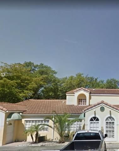 6866 NW 166th Ter #902, Miami Lakes, FL 33014 (MLS #A10884657) :: Berkshire Hathaway HomeServices EWM Realty