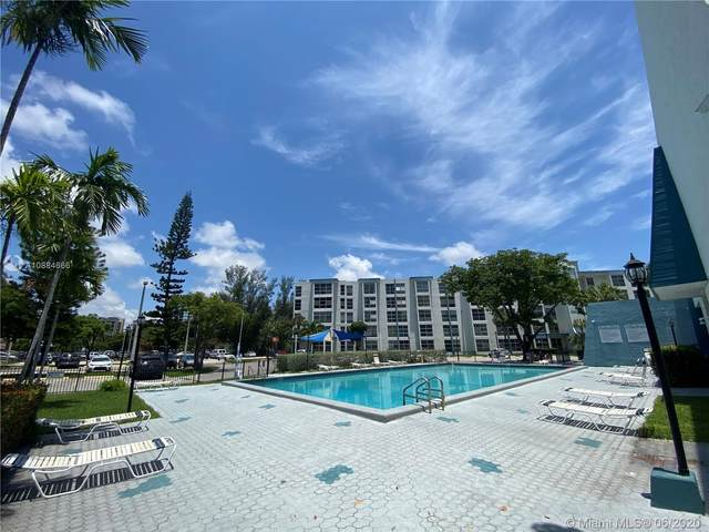 17620 Atlantic Blvd #501, Sunny Isles Beach, FL 33160 (MLS #A10884666) :: Carole Smith Real Estate Team