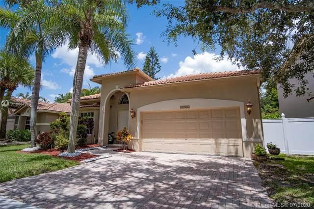16306 Sapphire Dr, Weston, FL 33331 (MLS #A10884973) :: Berkshire Hathaway HomeServices EWM Realty
