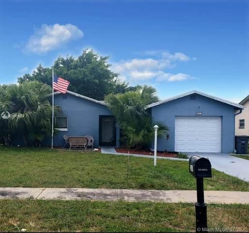 22481 SW 56th Ave, Boca Raton, FL 33433 (MLS #A10885494) :: Berkshire Hathaway HomeServices EWM Realty