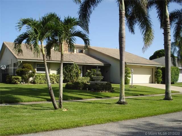 5058 N Woodstone Cir N, Lake Worth, FL 33463 (MLS #A10885502) :: Green Realty Properties