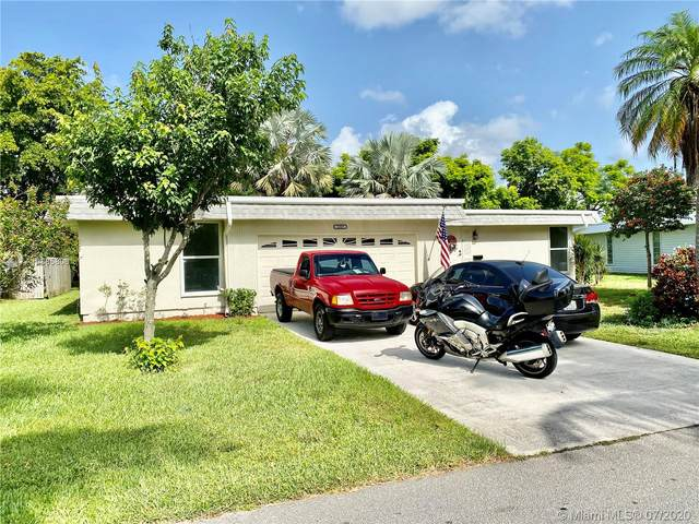 6307 NW 71st Ave, Tamarac, FL 33321 (MLS #A10885806) :: Castelli Real Estate Services