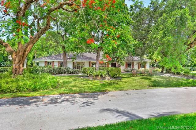 7301 Capilla Ct, Coral Gables, FL 33143 (MLS #A10886401) :: Green Realty Properties