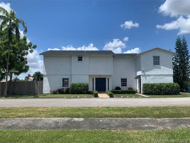 9670 SW 81st Ln, Miami, FL 33173 (MLS #A10886698) :: Grove Properties