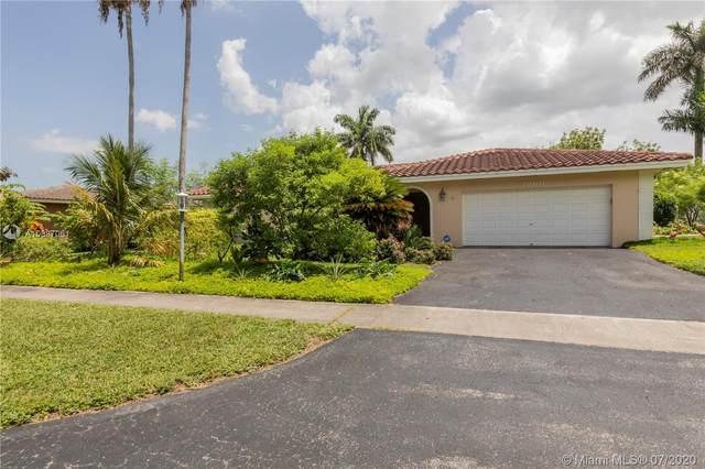 7360 SW 10th St, Plantation, FL 33317 (MLS #A10887061) :: Berkshire Hathaway HomeServices EWM Realty