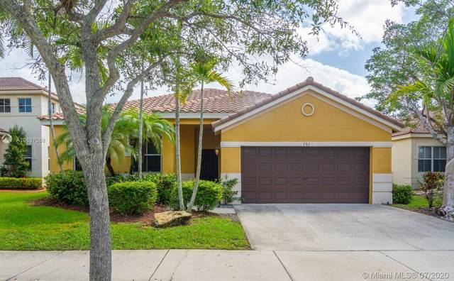 742 Tulip Cir, Weston, FL 33327 (MLS #A10887068) :: Berkshire Hathaway HomeServices EWM Realty