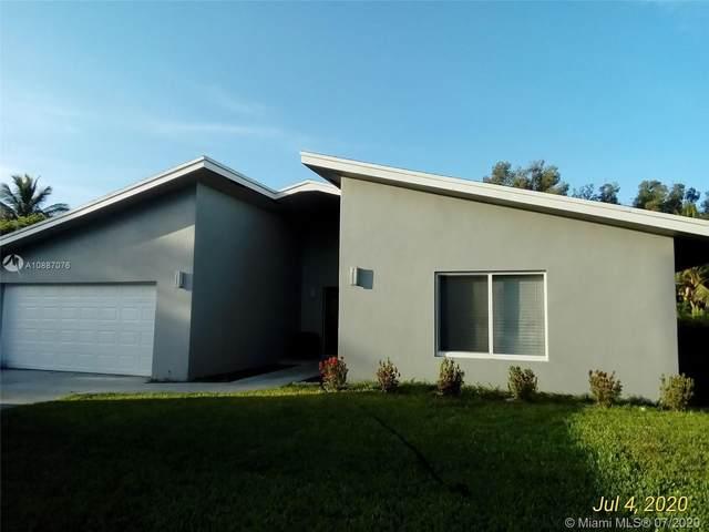 11720 NW 26th St, Plantation, FL 33323 (MLS #A10887076) :: Berkshire Hathaway HomeServices EWM Realty