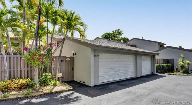 11419 SW 110 Lane #11419, Miami, FL 33176 (MLS #A10887217) :: Berkshire Hathaway HomeServices EWM Realty