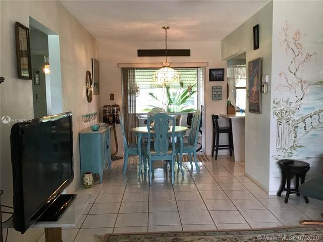 8514 NW 57th Pl, Tamarac, FL 33321 (MLS #A10887242) :: Castelli Real Estate Services