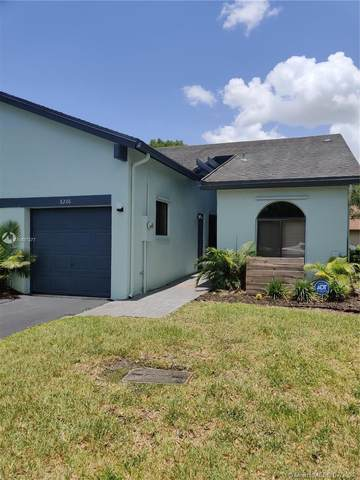 8206 NW 100th Ln #8206, Tamarac, FL 33321 (MLS #A10887377) :: Castelli Real Estate Services