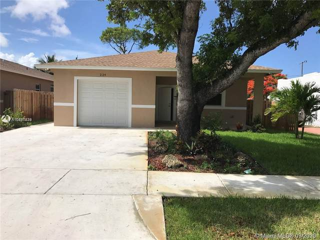 Dania Beach, FL 33004 :: Carole Smith Real Estate Team