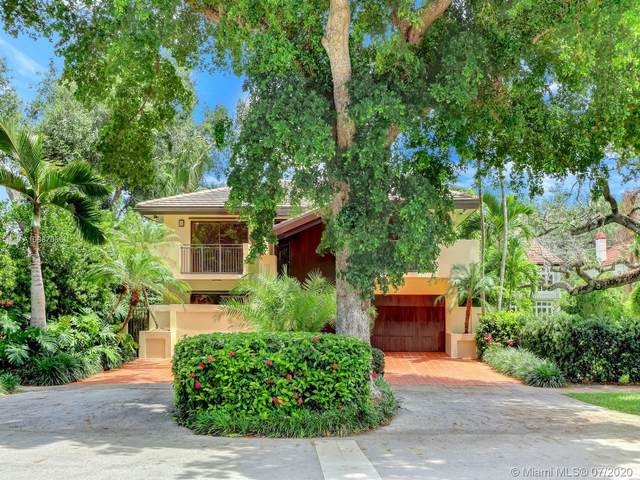 541 Barbarossa Ave, Coral Gables, FL 33146 (MLS #A10887656) :: Ray De Leon with One Sotheby's International Realty