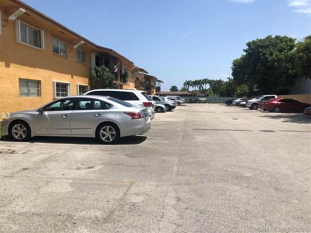 9520 SW 8th St #117, Miami, FL 33174 (MLS #A10887722) :: Berkshire Hathaway HomeServices EWM Realty