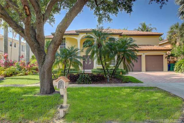 8125 NW 162nd St, Miami Lakes, FL 33016 (MLS #A10887959) :: Berkshire Hathaway HomeServices EWM Realty