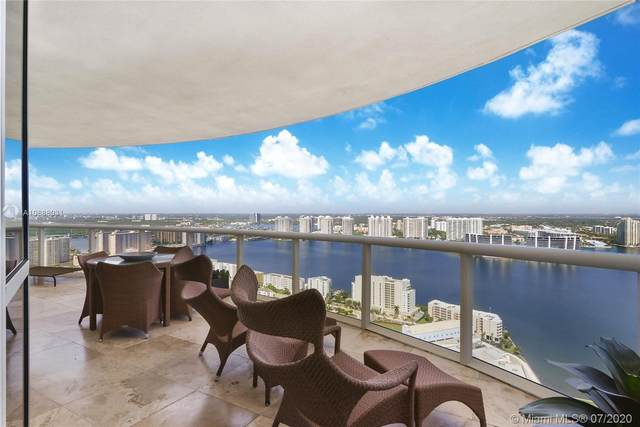 18201 Collins Ave Ph-5101, Sunny Isles Beach, FL 33160 (MLS #A10888031) :: United Realty Group