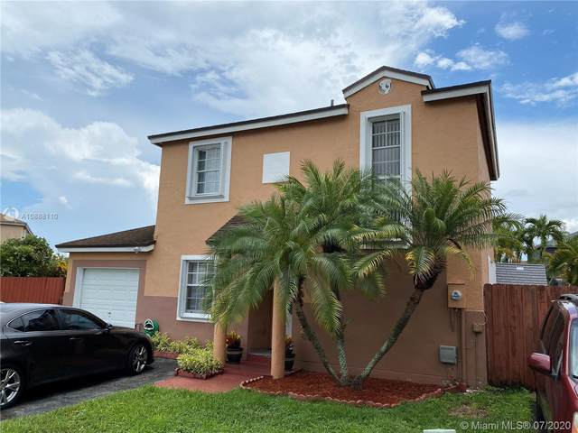 9203 SW 147th Ct, Miami, FL 33196 (MLS #A10888110) :: The Paiz Group