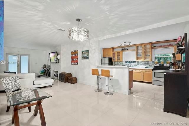 325 W 63rd Street, Miami Beach, FL 33140 (MLS #A10888238) :: Julian Johnston Team