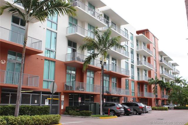 2100 Van Buren St #102, Hollywood, FL 33020 (MLS #A10888472) :: Ray De Leon with One Sotheby's International Realty