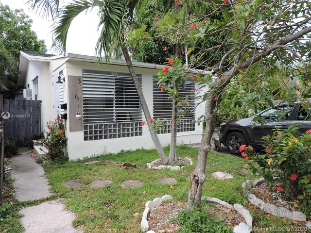 1943 Taylor St, Hollywood, FL 33020 (MLS #A10888491) :: The Riley Smith Group