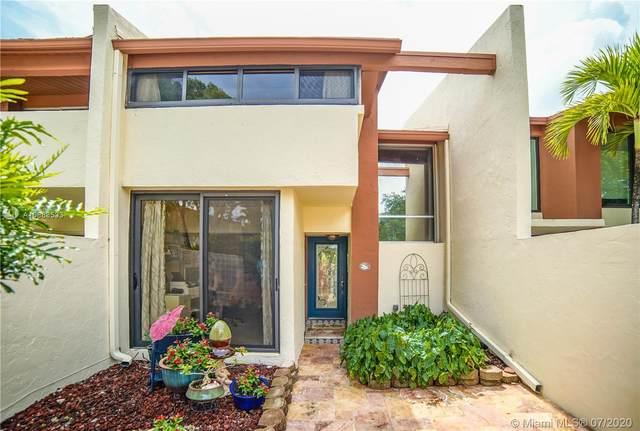 7821 SW 103rd Pl #0, Miami, FL 33173 (MLS #A10888533) :: Berkshire Hathaway HomeServices EWM Realty
