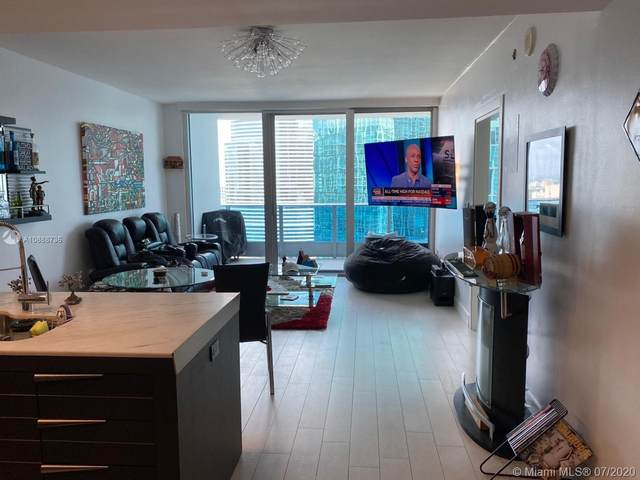 200 Biscayne Boulevard Way #3211, Miami, FL 33131 (MLS #A10888736) :: Prestige Realty Group